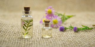 Stress & Anxiety: The 10 Best Essential Oils For Relief
