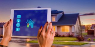 7 Ways Home Security Systems Can Benefit You & Your Family
