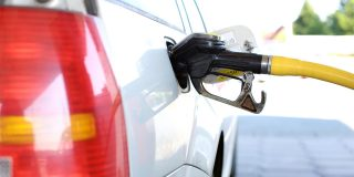 Australia pushes to end petrol and diesel car sales by 2030